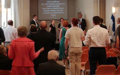 Uuden toivon seurakunnat 10 vuotta